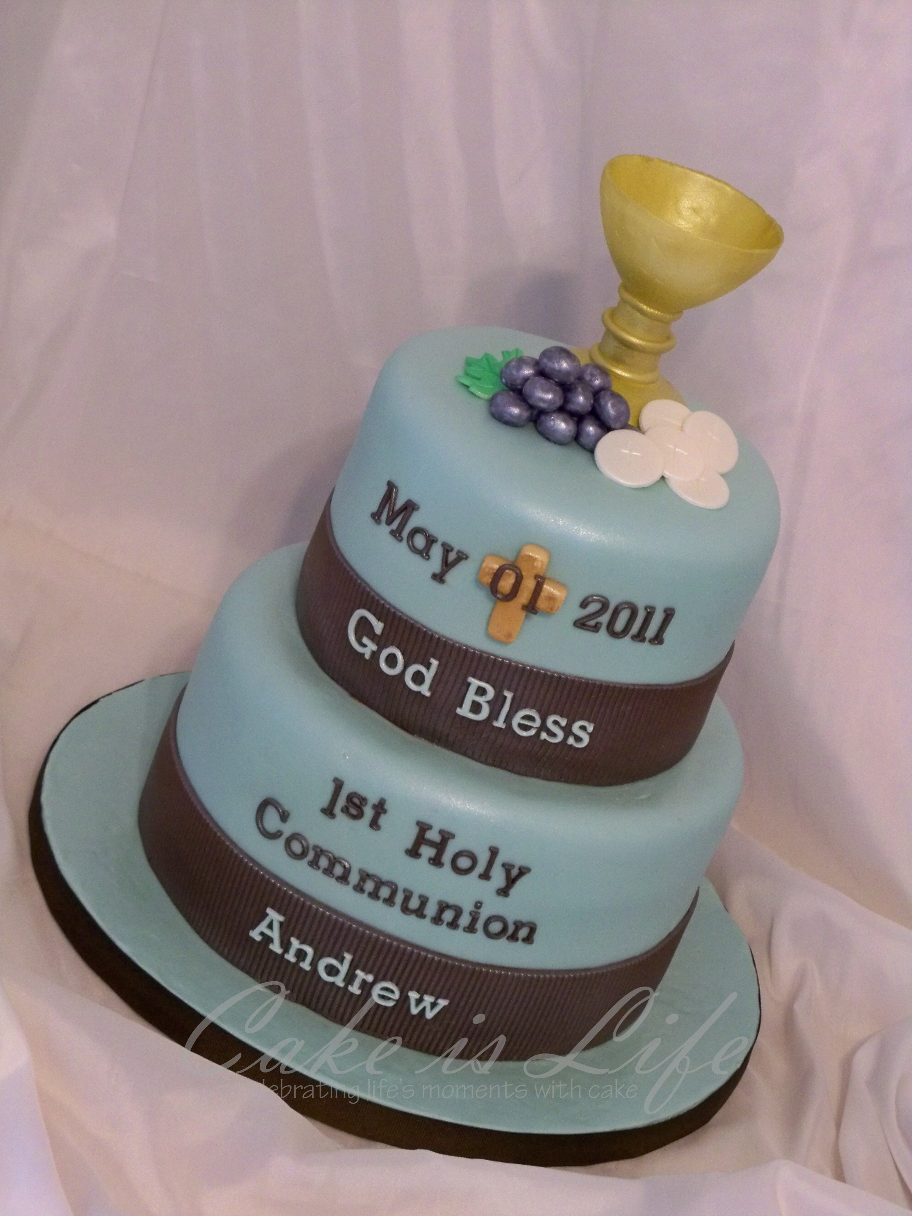 Pin girl s first communion cake decorating idea holy bible for 1st holy communion cake decoration ideas