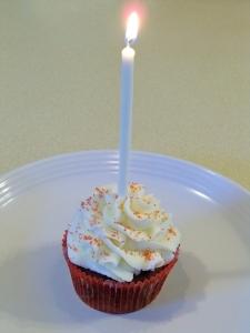 Happy Blog Birthday Cupcake!