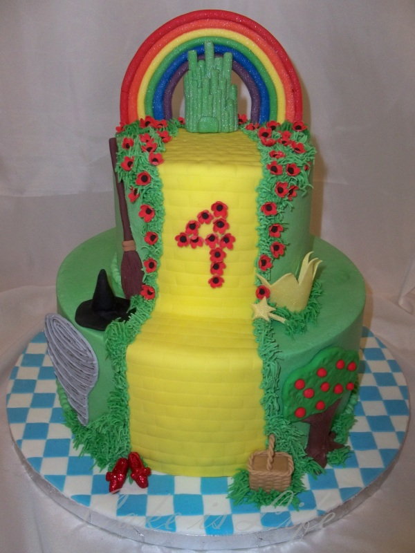 Wizard Of Oz Birthday Cake V 1 Cake Is Life